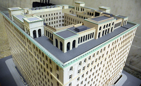 Model of the Apthrop's revised penthouse addition (Credit: Evan Bindelglass via Curbed)