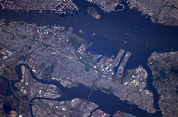 Manhattan from outer space (Credit: Scott Kelly/Twitter)