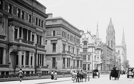 Fifth Avenue around the turn of the century (Credit: Library of Congress/Stephen Thomson via Time Out New York)