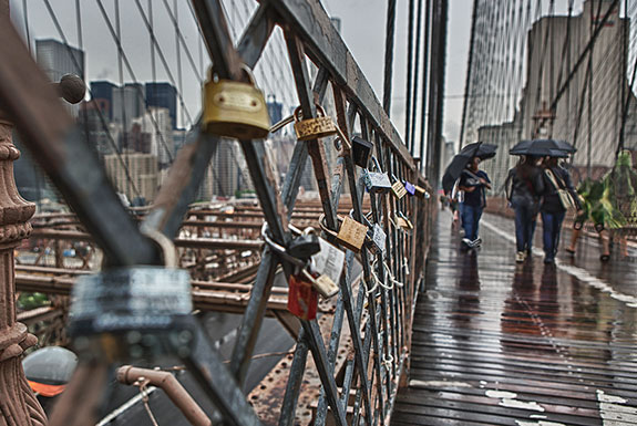 The love locks lining Brooklyn Bridge are now a thing of the past