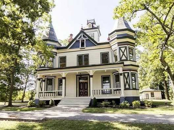 live-in-a-restored-victorian-in-baltimore-proper-for-950000