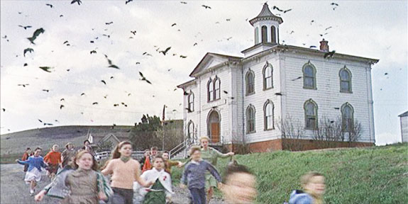"""The schoolhouse scene in Alfred Hitchcock's """"The Birds"""""""