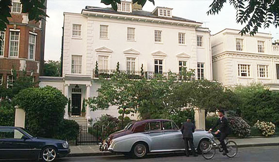 London luxury homes london real estate for Luxury homes in london
