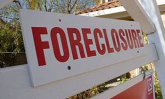 Foreclosure sign (credit: Wikimedia Commons)