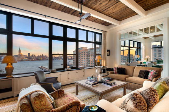 the-waterfront-views-from-the-living-room-are-idyllic